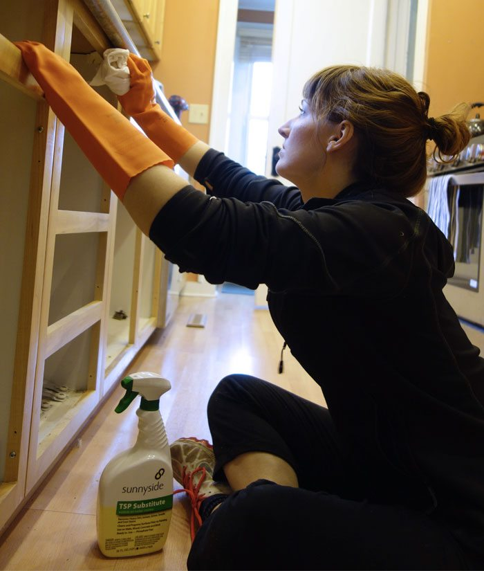 Lindsey cleaning cabinets with a TSP substitute